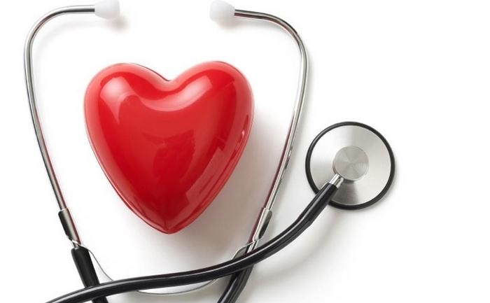 Poți face infarct dacă bei energizante. O singură cutie îți îngustează vasele de sânge!