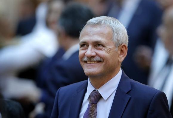 Liviu Dragnea, preşedintele PSD şi al Camerei Deputaţilor, zâmbind