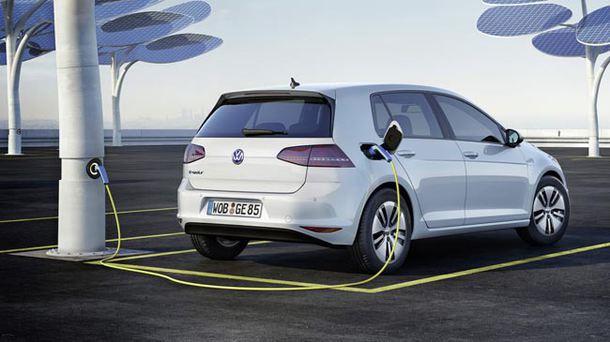 Volkswagen renunță la masinile cu motorina sau benzina din 2026