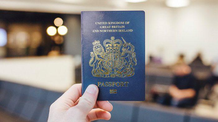 Se schimbă pașapoartele în 2019. Ce culoarea va avea coperta și ce va scrie pe ea