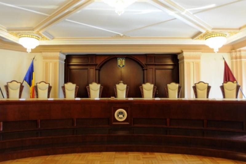 Prima decizie CCR, în cazul sesizării la adresa lui Klaus Iohannis! Ce trebuie să facă acum președintele și PSD