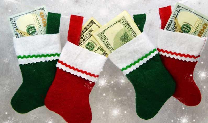 Prime de Crăciun în valoare de 9.700 lei net! Cine sunt norocoșii care le vor primi