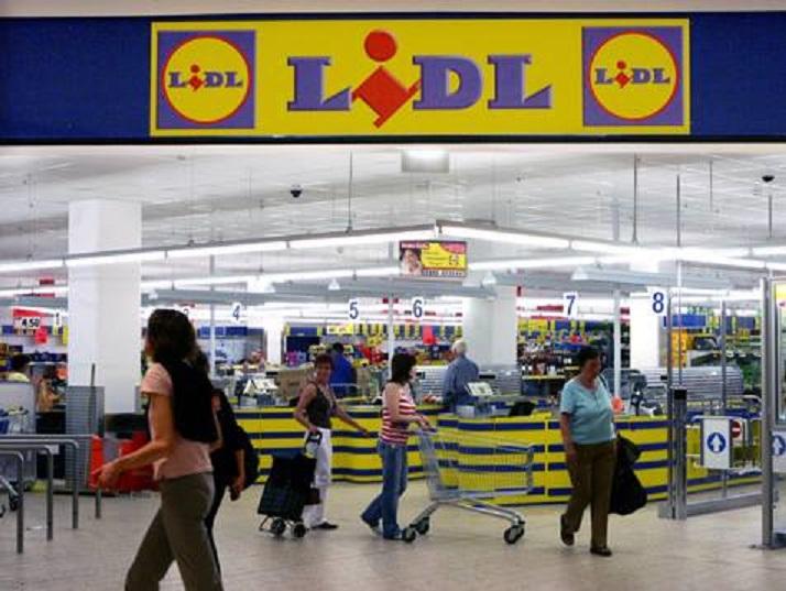 Magazinele lanțului Lidl vor fi închise pe 1 ianuarie și se vor redeschide pe 2 ianuarie, la ora 9:00. Din 3 ianuarie vor intra în program normal