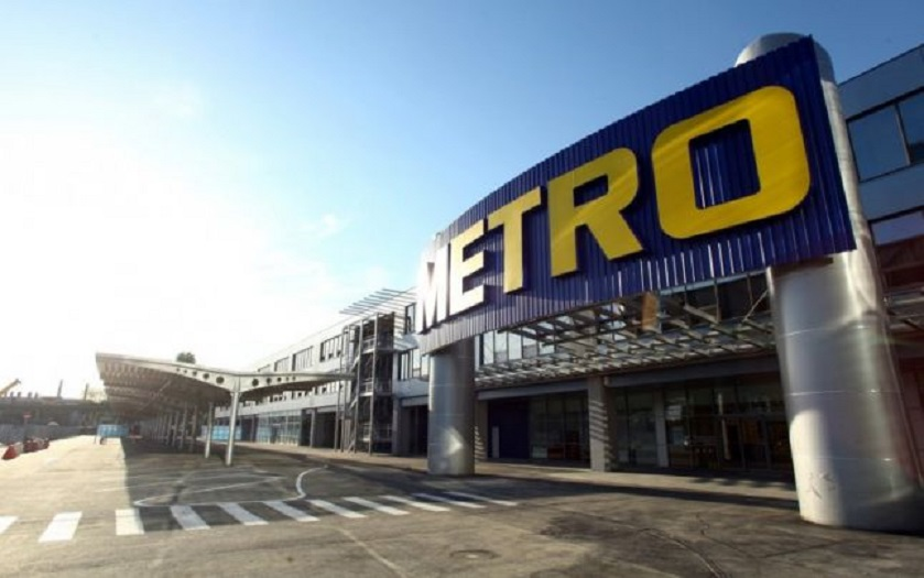 Hipermarketul Metro este un retailer european cre operează în peste 2.200 de locații, din 32 de țări. În România a deschis primul magazin în 1996