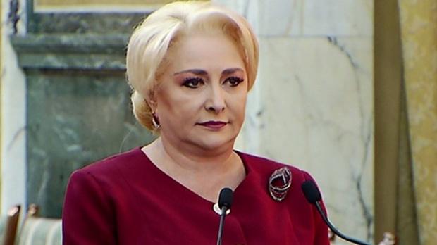 Premierul României, Viorica Dăncilă, în timpul unui discurs