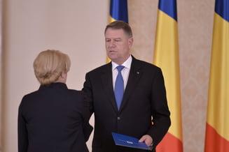 Premierul României, Viorica Dăncilă, alături de preşedintele ţării, Klaus Iohannis
