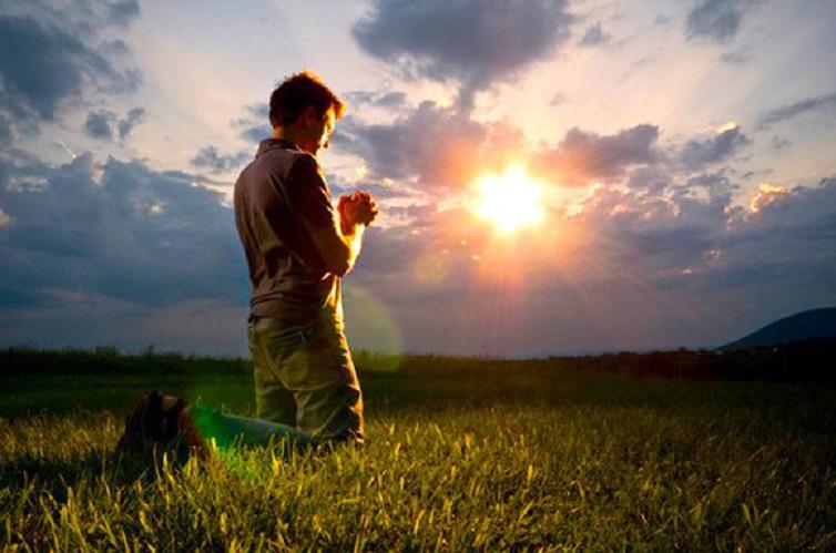Rugăciune = suflet curat, inimă usoară, gânduri luminoase. Iubirea pentru și de la Dumnezeu