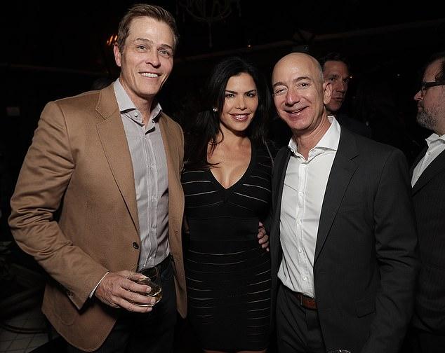 Divorțul de 60 de miliarde de dolari! Jeff Bezos, mesajele picate pentru amantă