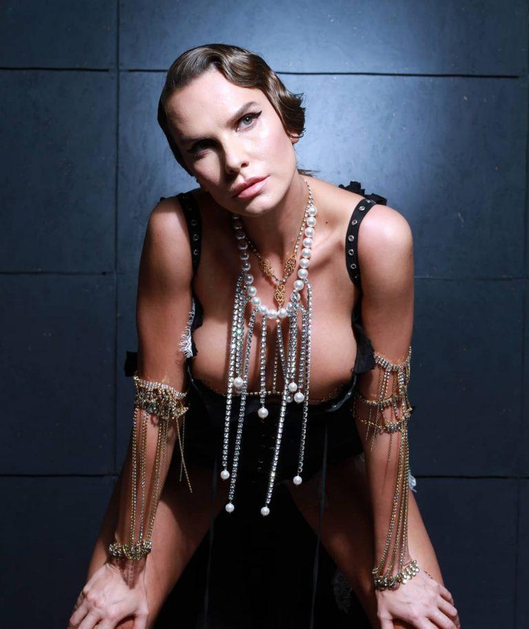 Anna Lesko s-a pozat in ipostaze de INFARCT! Fanii, in extaz: WOW! Ce fundulet