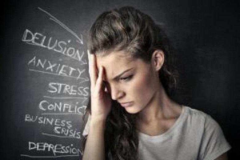 """Anxietatea este un """"subsatntiv feminin care definește stare de neliniște, de așteptare încordată, însoțită de palpitații, jenă în respirație, întâlnită în unele boli de nervi"""", conform DEX"""