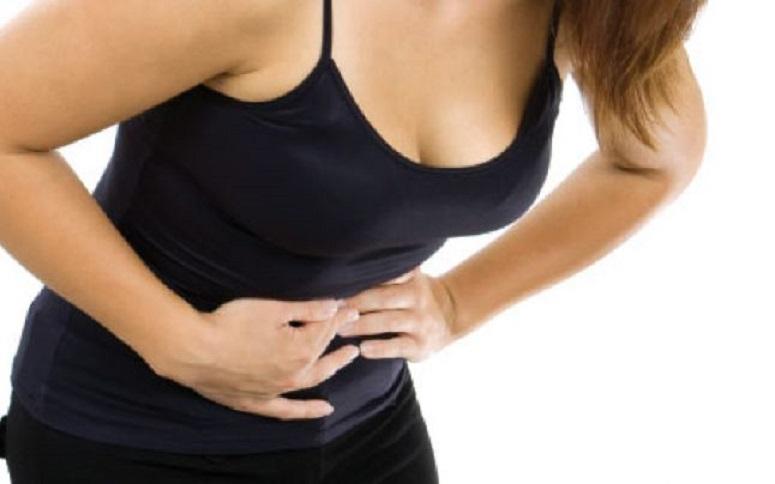 Indigestia cronică este unul din primele 5 semne că suferi de anxietate, combinată cu durerile musculare