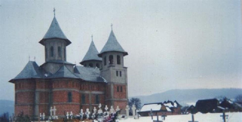 Aici sunt banii câștigați la Loto 6/45 de Gheorghe Breabăn: în biserica din Vicovu de Jos, județul Suceava. A mai dat bani și pentru o centrală termică la școala din comună