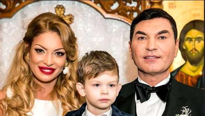 Cristi Borcea, Valentina Pelinel și fiul lor, Milan