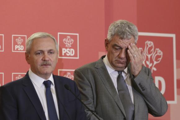 Fostul premier Mihai Tudose, alături de președintele PSD, Liviu Dragnea