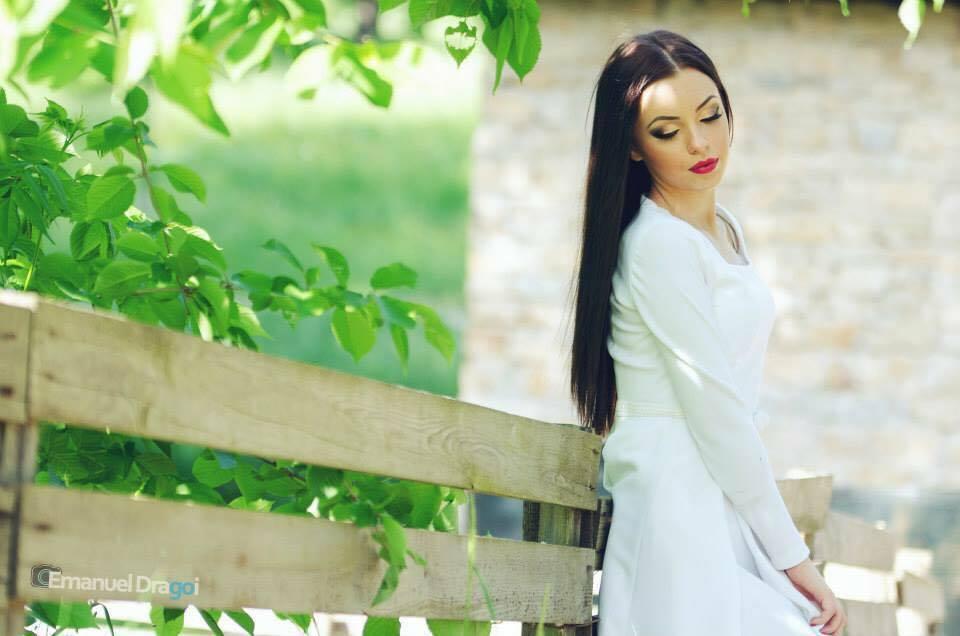 Gabriela Rîpan lucra ca make-up artist