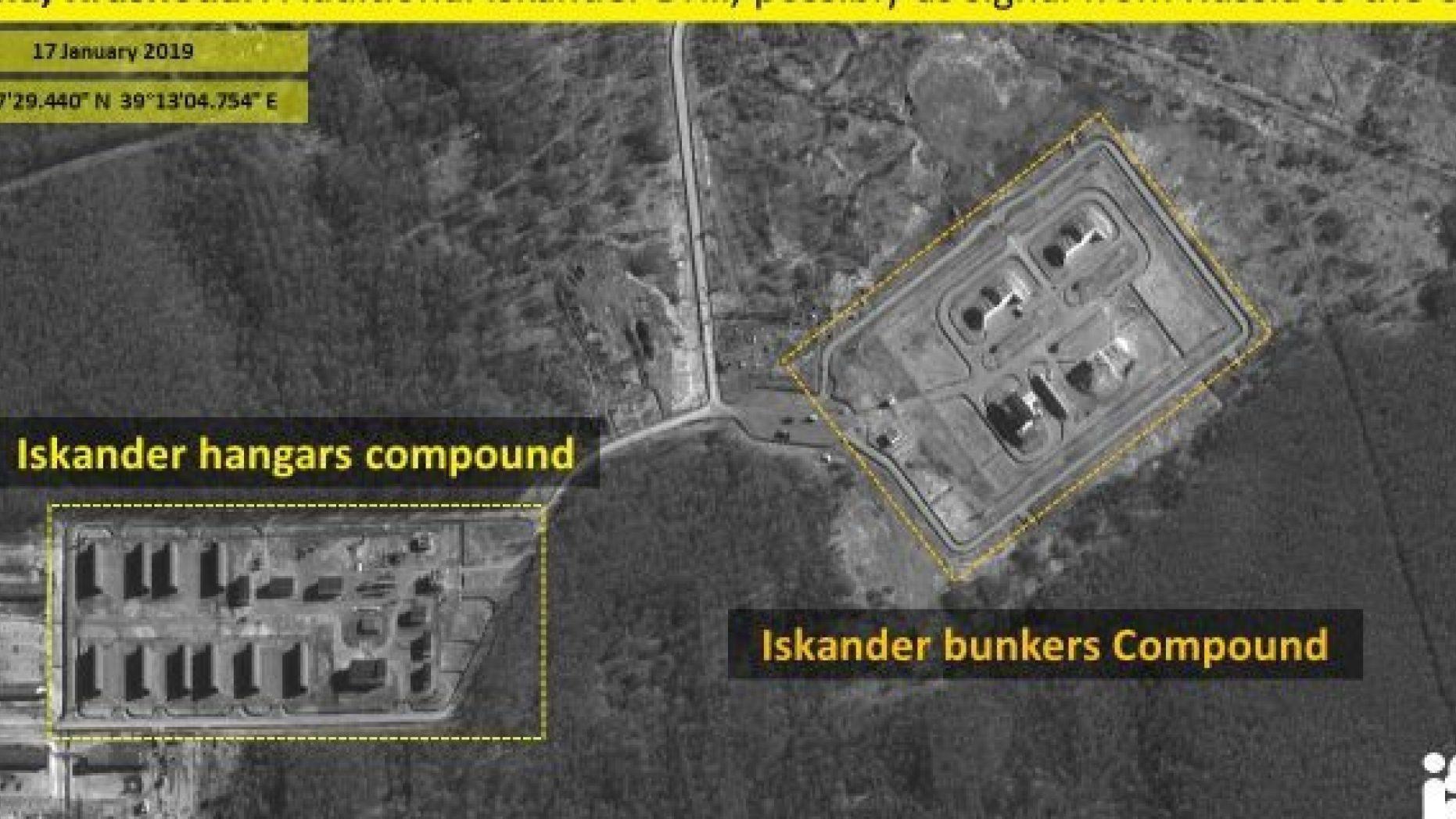 Imagini din satelit cu lansatoarele de rachete Iskander, în apropierea Mării Negre