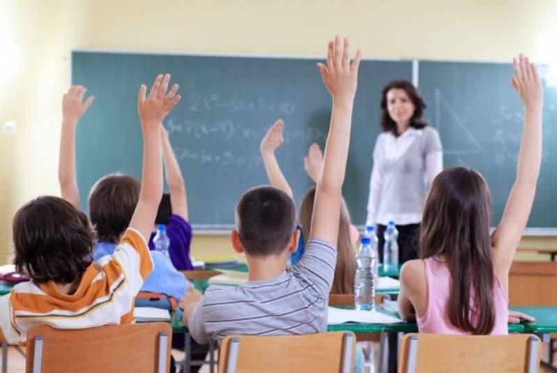 Luni se reia școala! Peste 6.000 de elevi au fost depistați cu infecții respiratorii. Ce zice Ecaterina Andronescu