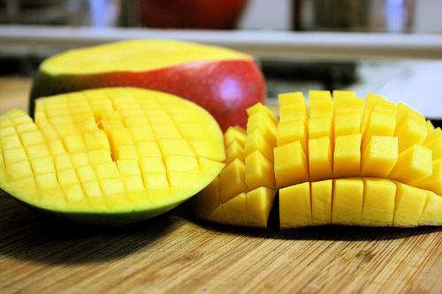 Mango, fructul exotic ce ajută la diete