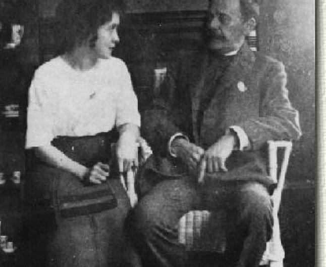 Cella Delavrancea și Ion Luca Caragiale cu câteva săptămâni înaintea de moartea marelui dramaturg, la Berlin, acasă la familia Caragiale