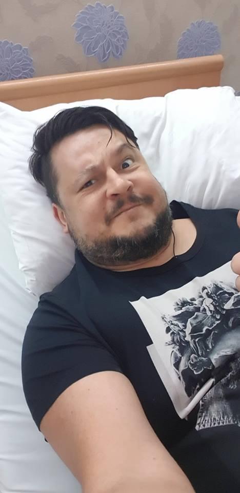 Fotografia postată de Mihai Bobonete din spital