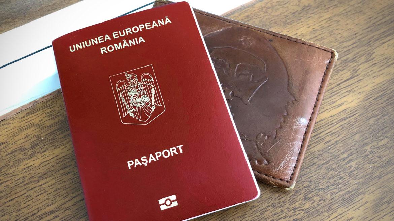 Se schimbă din nou paşapoartele românilor. Vor fi diferenţe de culoare şi conţinut