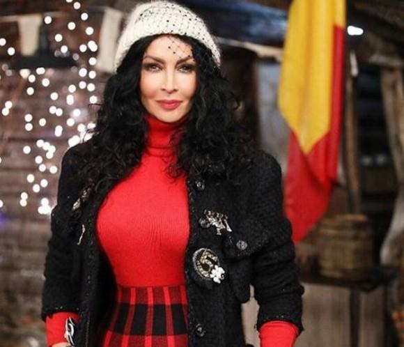 Mihaela Rădulescuu, gazda emisiunii Ferma Vedetelor