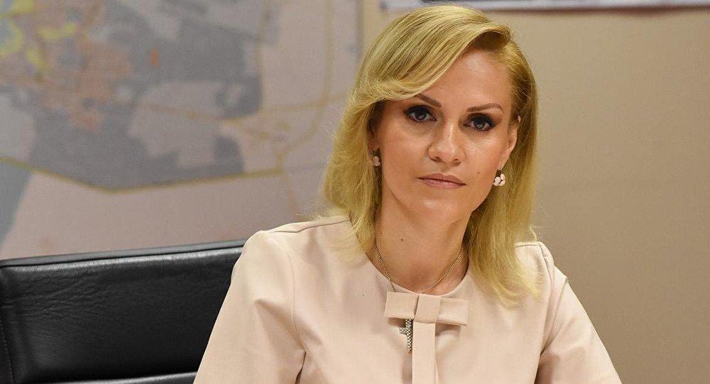 Scandal cu apa potabilă din București! Gabriela Firea trimite corpul de control la Apa Nova