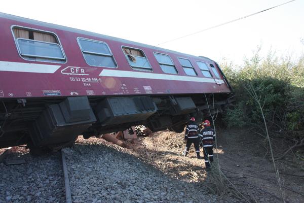 Un tren a deraiat în Maramureş, din cauza căderilor de pietre! Ce s-a întâmplat cu călătorii