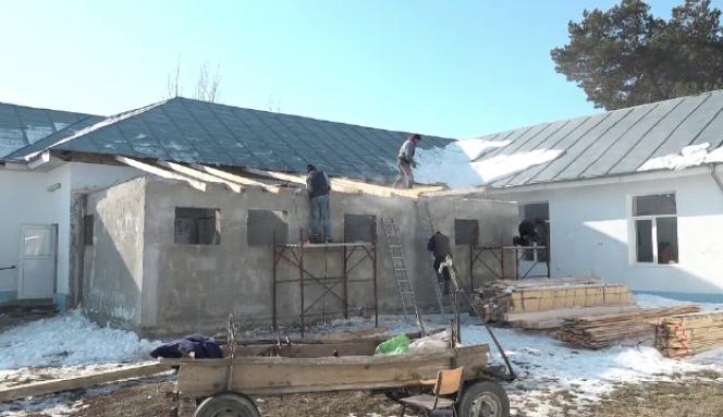 Construirea wc-ului pe 3 etaje