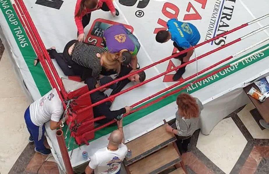 Mircea Badea, după ce a fost făcut KO de rivalul motociclist: Și-au respectat toate înțelegerile