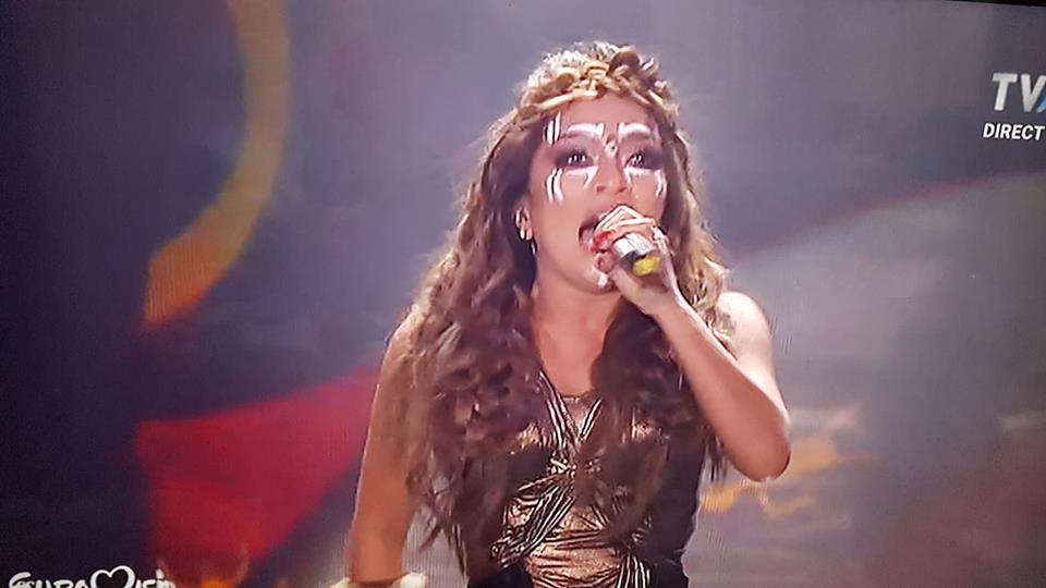 Bella Santiago, apariție la finala Eurovision