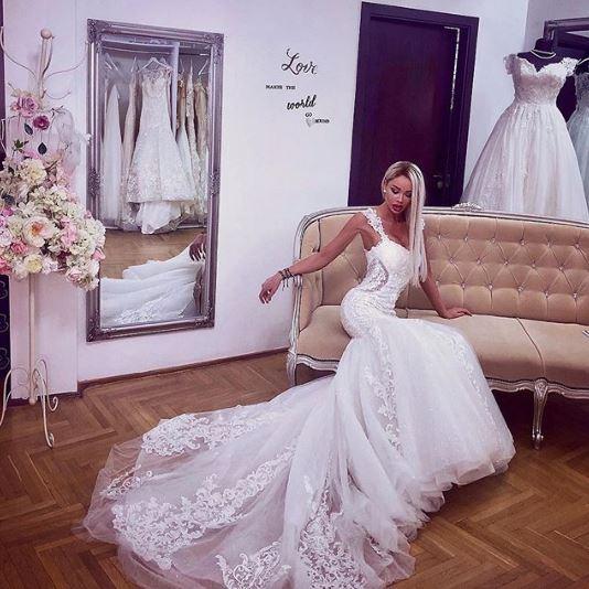Bianca Drăgușanu și-a pus fanii pe jar: Trebuie să mă mărit!