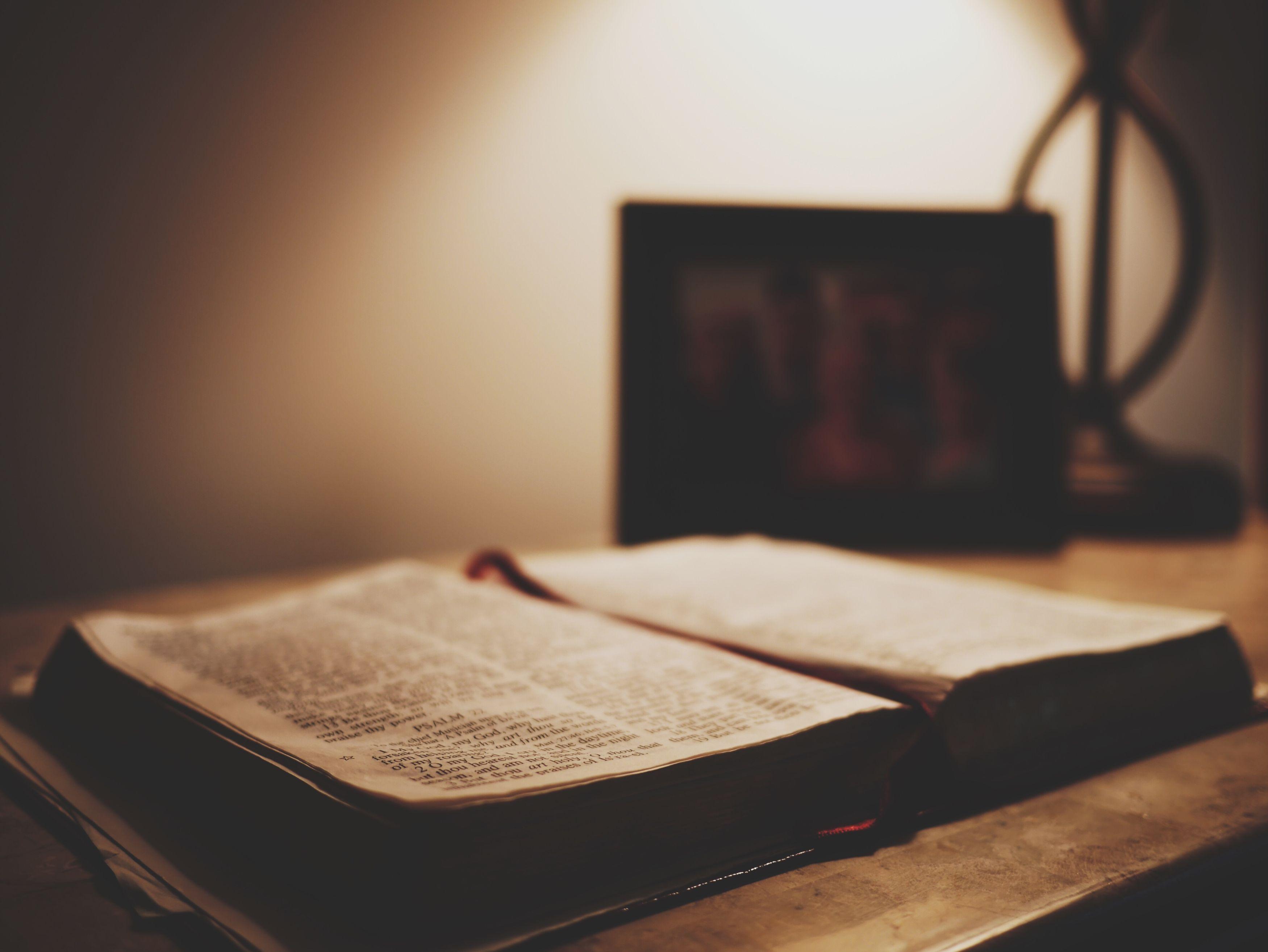 Mesajul secret din Biblie, descifrat! ce profeție se anunță pentru creștini