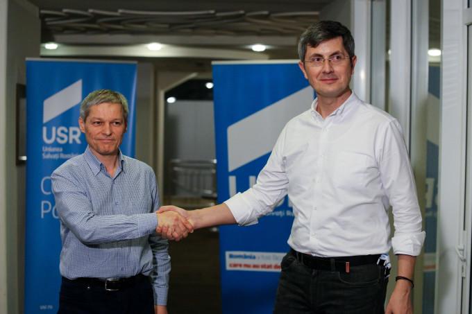 Lovitură pentru PSD! Cu cine se aliază Dacian Cioloș la alegeri!