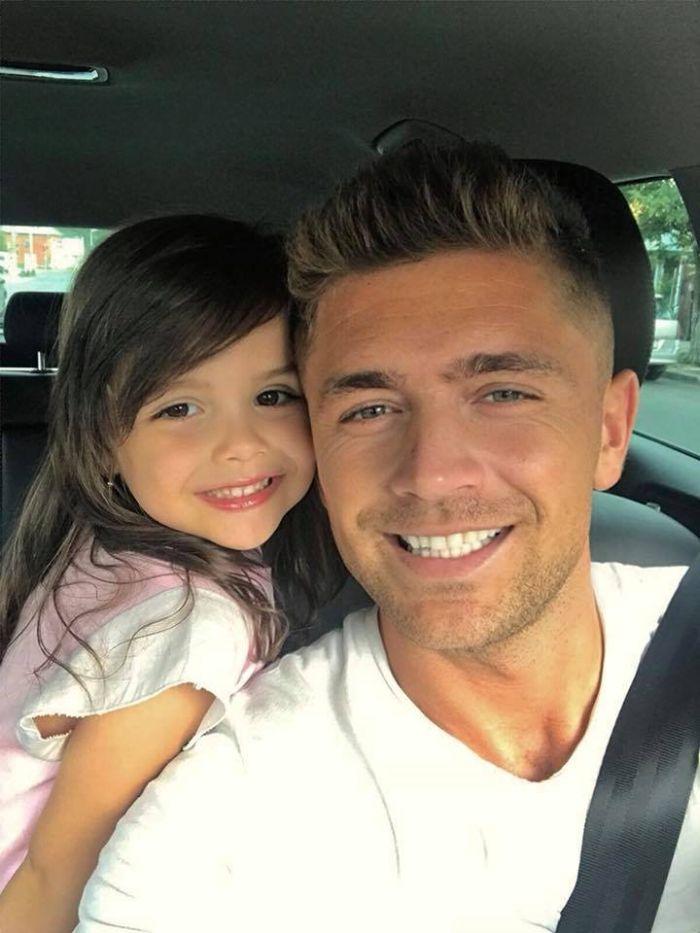 Costin Gheorghe și fetișa sa, Ema