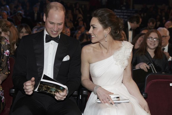 Kate Middleton a atras toate privirile pe covorul roșu