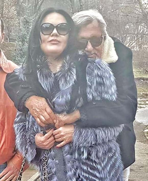 Ilie Năstase și Ioana, îmbrăcată în haina de blană de 2.000 de euro