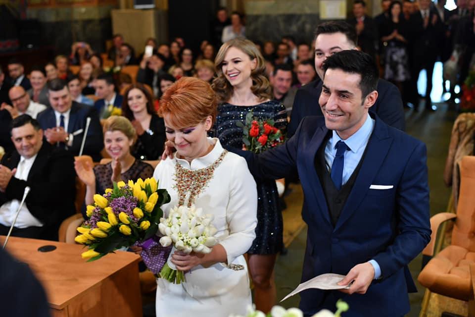 Lia Olguța Vasilescu a fost vizibil emoționată la cununia civilă
