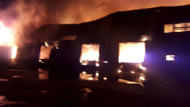 """Ro-Alert a trimis un mesaj de ultimă oră din cauza unui incendiu! """"Nu ieșiți din case!"""""""