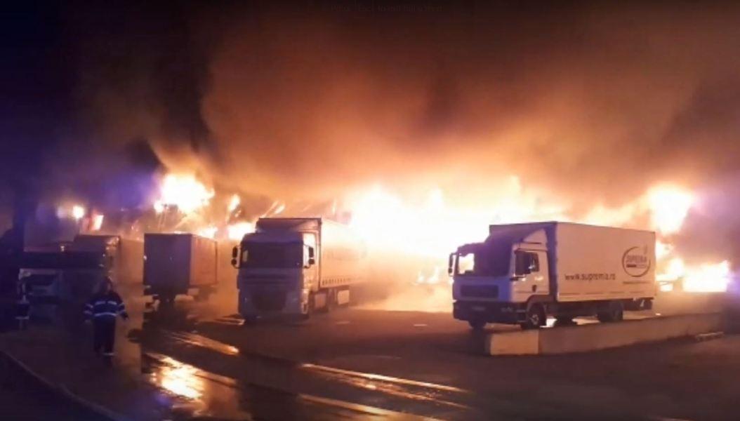 Cum arată fabrica de la Alba Iulia după incendiu! Video imagini de coșmar