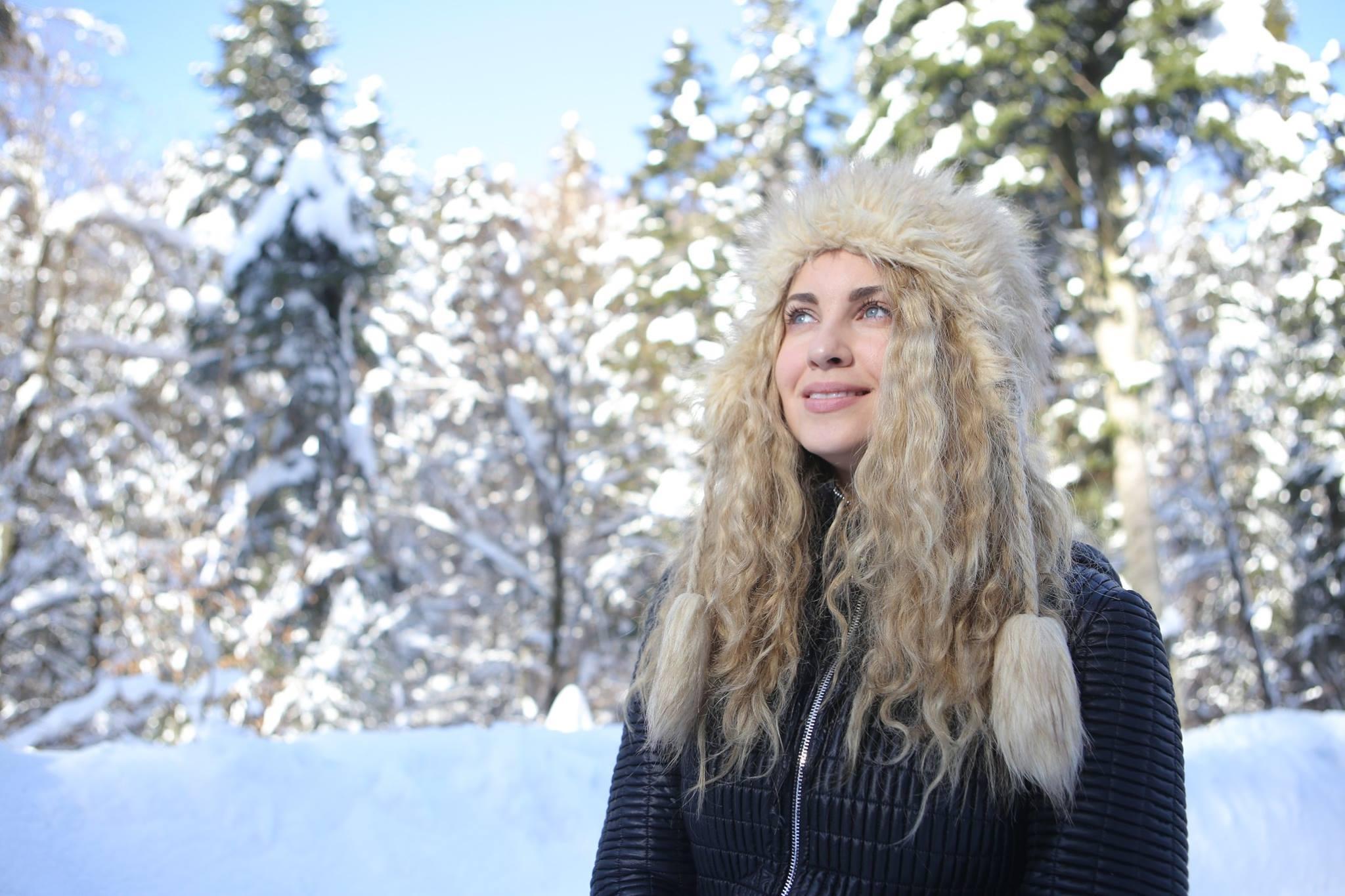 Record de operații estetice, la Ferma de la PRO TV! Mihaela Rădulescu și aproape toate concurentele au intervenții estetice
