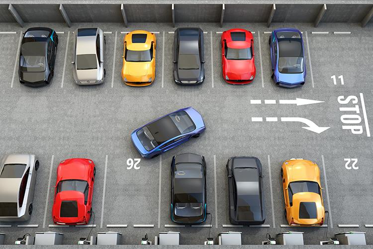 Atenție, șoferi! Se ridică mașinile parcate în locurile nepermise!