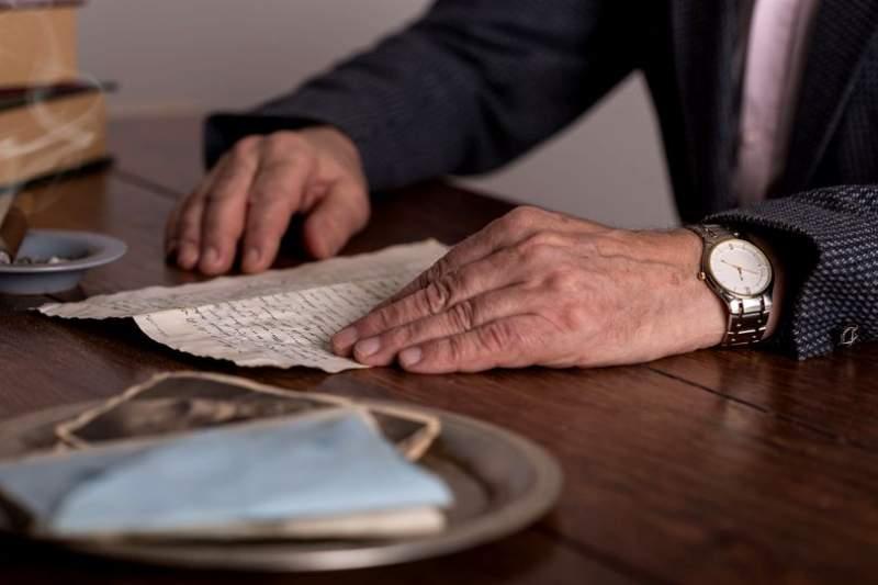 Ce nu trebuie să faci niciodată dacă încasezi o pensie de urmaș. Statul îți va luat banii înapoi!