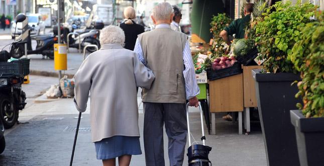 Pensionarii trebuie să îndeplinească mai multe criterii pentru a primi 25 la sută în plus