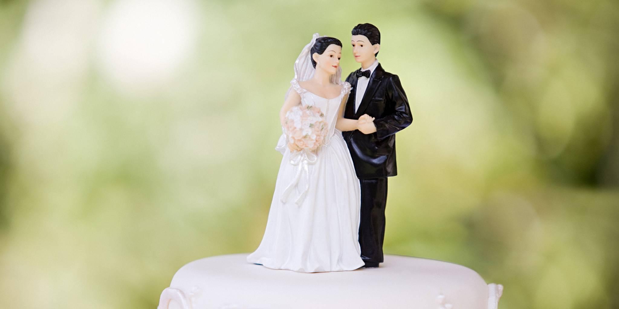 """La ce vârstă e ideal să te căsătorești în funcție de zodie. Sfatul astrologilor pentru o anumită zodie: """"Mărită-te cât mai curând!"""""""