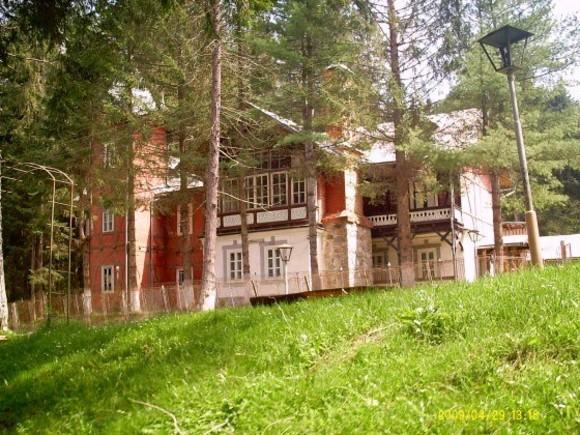 Vila Klaus, locul unde Regele Mihai a învățat!