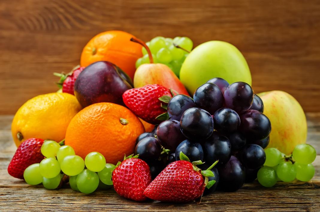 15 alimente care nu îngrașă niciodată: căpșuni, mere, prune, coacăze, afine și alte fructe