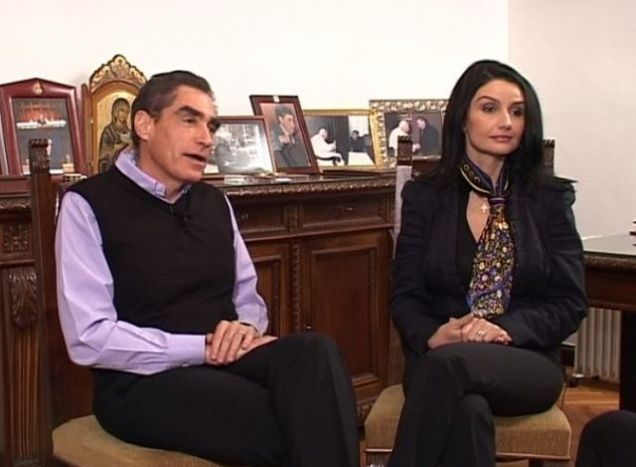 Câți bani câștiga Silvia Chifiriuc, iubita lui Petre Roman! Despre ce sumă e vorba