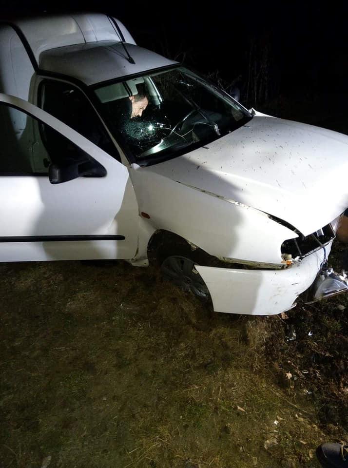 Grav accident de circulație, în Botoșani! Salvatorii nu au mai văzut așa ceva! Cum au găsit șoferul