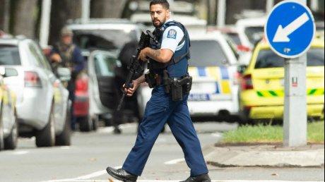 Atac TERORIST de amploare! E ALERTA nationala! Atacatorul a transmis LIVE, pe Facebook! Elevii, BLOCATI in scoli! VIDEO aici